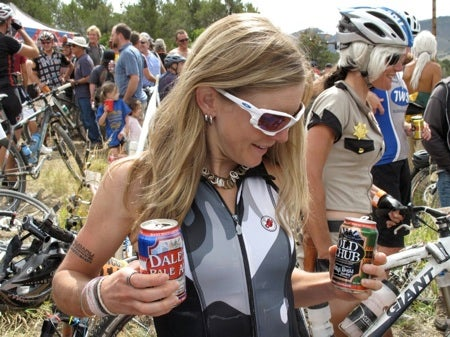 Heather Irmiger hydrates after winning the 2009 SSWC in Durango. That'd be Officer Kelli Emmett in the background. Photo by Frank Mapel