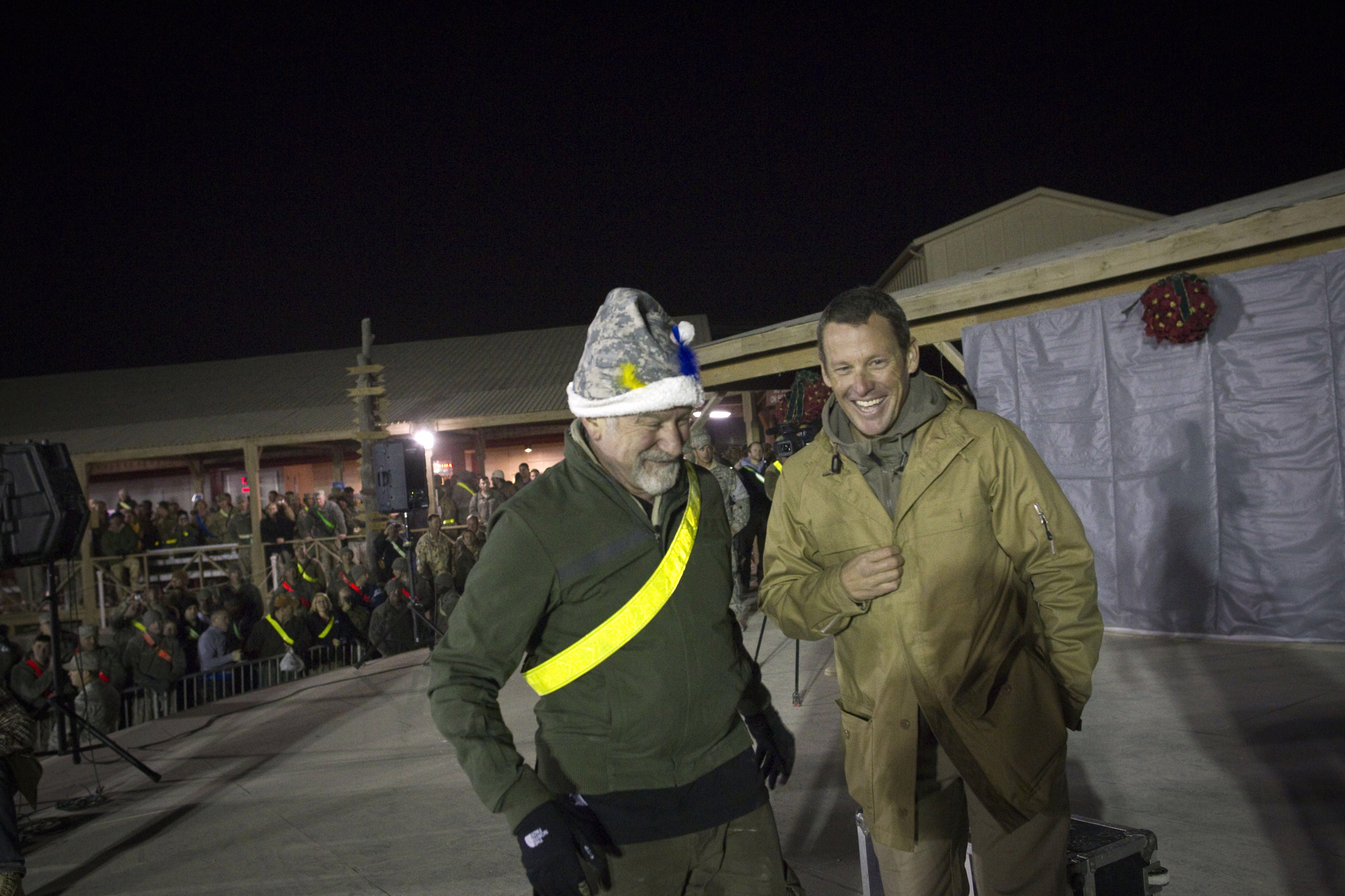 Lance Armstrong, Robin Williams in Afghanistan