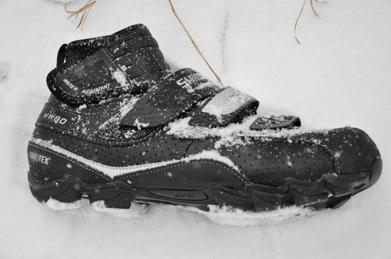 Shimano's SH-MW80 is perfectly comfortable in the snow. Photo by Zach White
