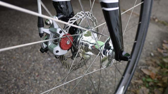 2011 Cannondale cyclocross prototype, White Industries hubs