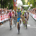 American Shelley Olds wins stage 6 of the 2012 Giro Donne; Marianne Vos holds lead