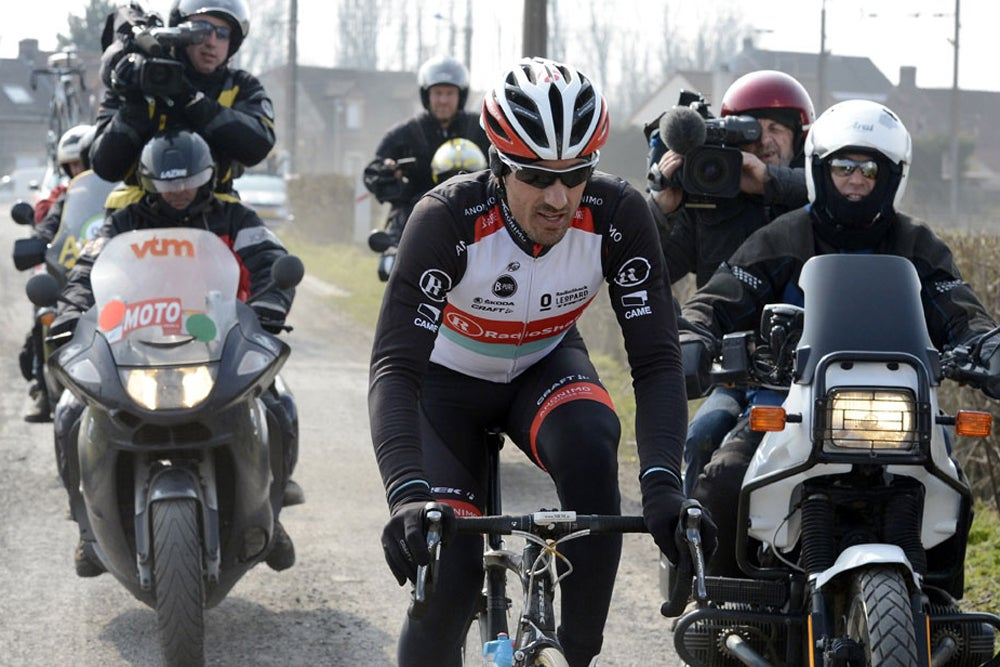 Cancellara crashes during Paris-Roubaix recon