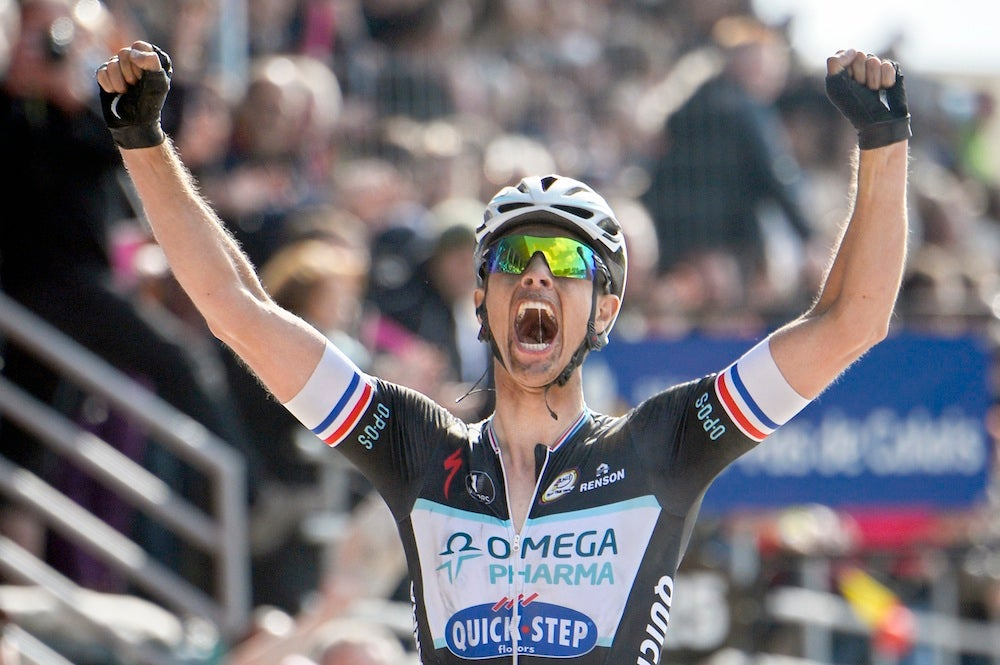 Niki Terpstra solos to triumph on the Roubaix velodrome