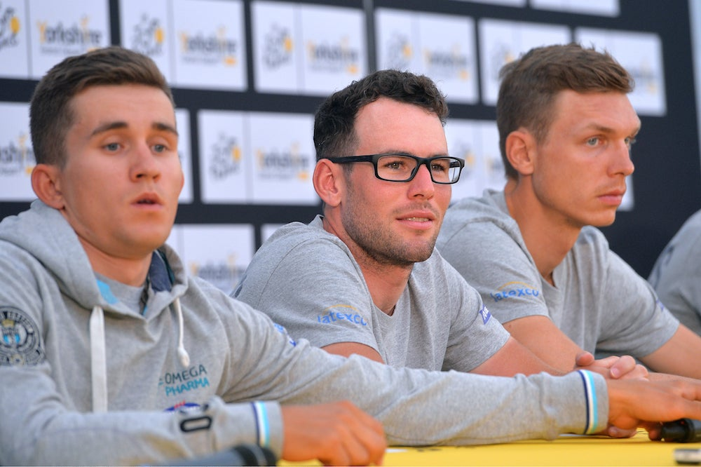 Cavendish aims for yellow jersey