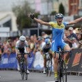 Wells continues hot streak and reclaims women's Australian criterium title