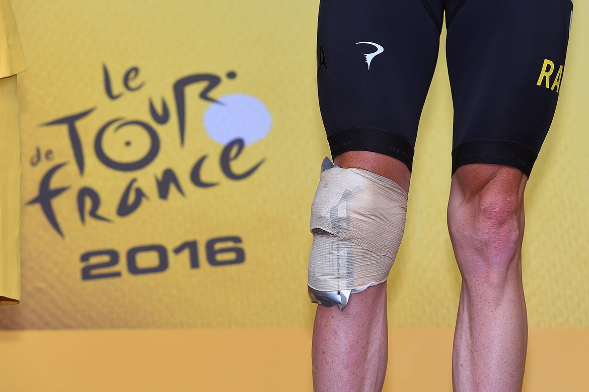 Chris Froome's knee