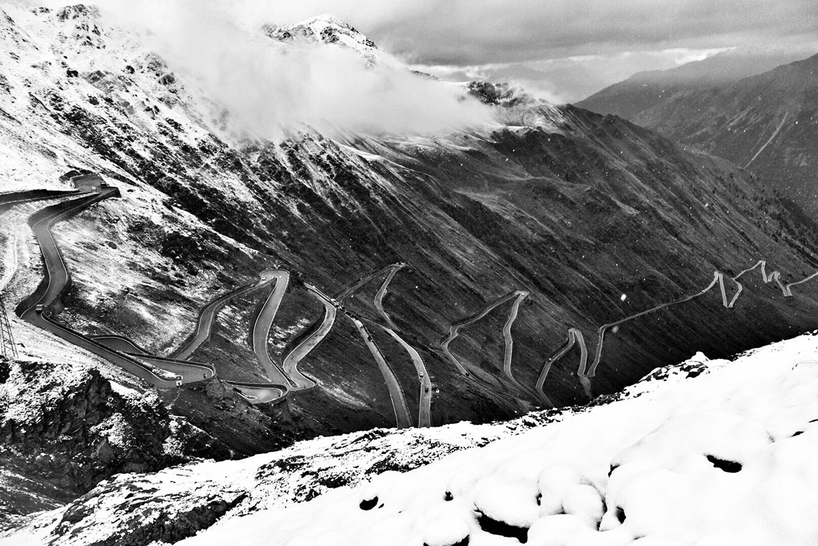 The Stelvio never disappoints, and never seems to quit. Photo: Chris Case | VeloNews.com