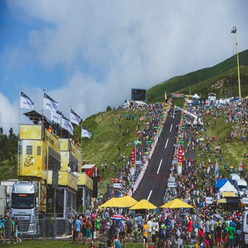 Tour Photo Essay: Battle for yellow rages on in week two