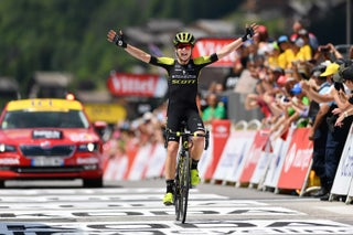 Van Vleuten snags second straight La Course win