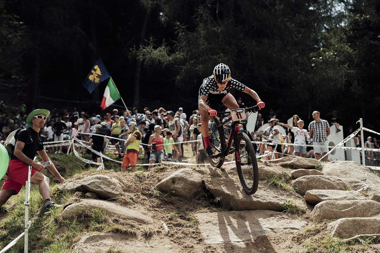The Dirt: What it's like to be a pro e-MTB rider; World Cup roundup