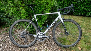 Pro Bike Gallery: Romain Bardet's limited edition Factor O2