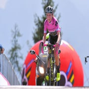 Van Vleuten's climbing prowess reaches its peak