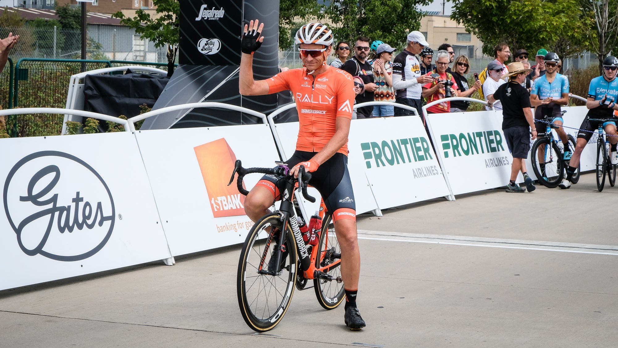 fc799ec13 Rally Cycling s Danny Pate waves to the crowd one last time. He called it  quits after 18 years as a pro