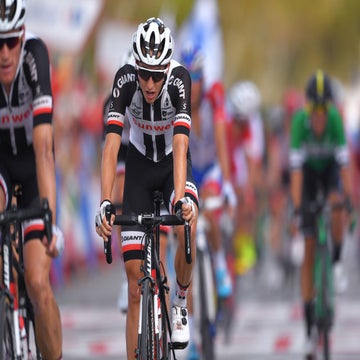Vuelta GC blows away in crosswinds for Kelderman and Pinot