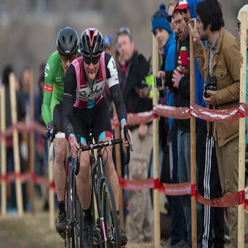 Cyclocross stars circle North America, chasing points