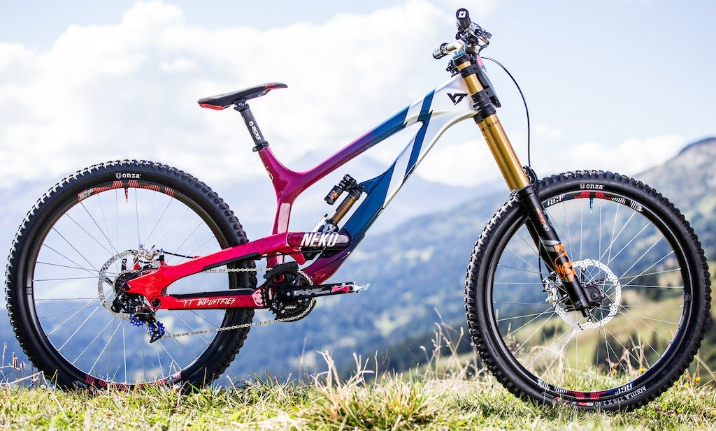 The Dirt Downhill Do Gooder Kamikaze And Trek Team Velonews Com