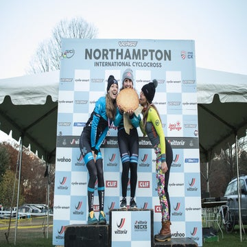 Noho CX: Noble goes solo while White takes advantage of team strength