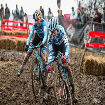 Q&A: Compton on the key to riding mud, running, and winning #15