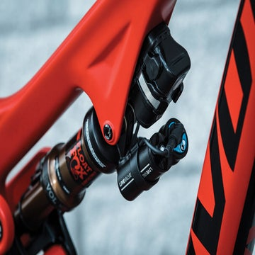 VeloNews Gear Awards 2018: Fox Live Valve Damper, the future is now award