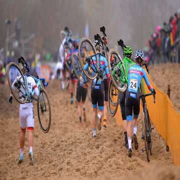 Here's why women's cyclocross is must-watch TV