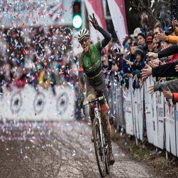 Hyde takes third CX nationals title after muddy battle with White