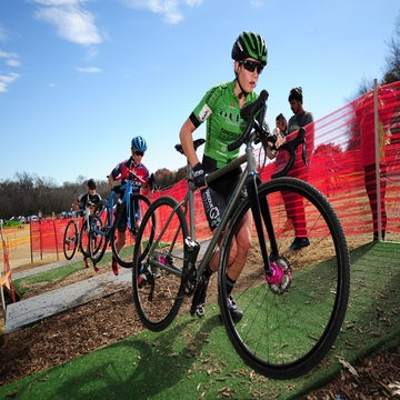 Resolution CX: Hecht, Clouse take Texas wins