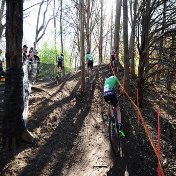 Resolution CX: McFadden and Hecht leave it late to make winning moves