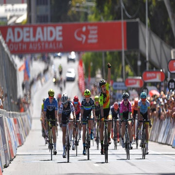 Hosking takes stage victory while Spratt seals GC at Women's Tour Down Under