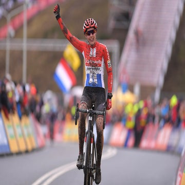 Brand dominates to take win in the deep mud of Hoogerheide