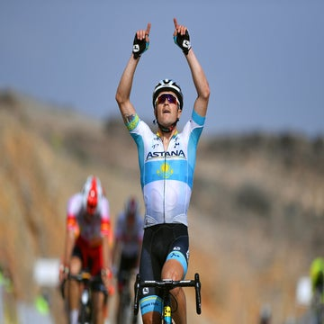 Oman: Lutsenko snags stage 3 win, GC lead