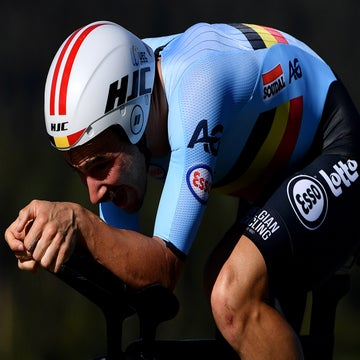Campenaerts beats Wiggins's hour record