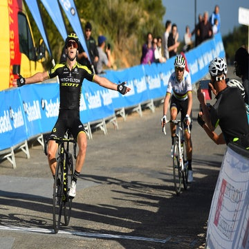 Yates wins Valenciana's queen stage in scintillating summit finish