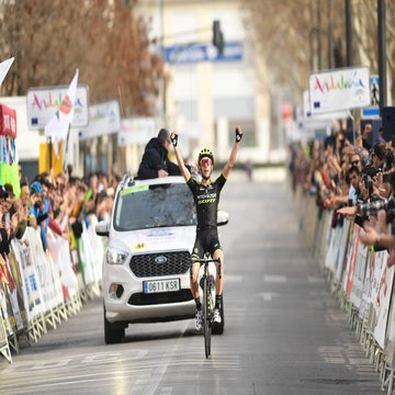 Ruta del Sol: Simon Yates solos to stage 4 win in the Sierra Nevada