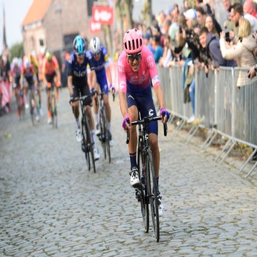 EF Education First finally scores with 'Mamma di Pasta' Bettiol