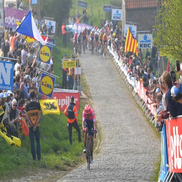 Analysis: How Bettiol's bravado upended favorites at Flanders