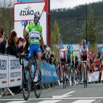 Basque Country: Amazing Alaphilippe keeps winning