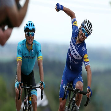 Alaphilippe defends title at Flèche Wallonne