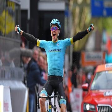 Fuglsang ends a spring of near-misses to solo to victory in Liège