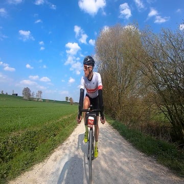 Three among 6,700: Riding the Gent-Wevelgem sportive