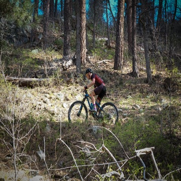 Even with a singletrack chaser, Whiskey Off-Road still burns