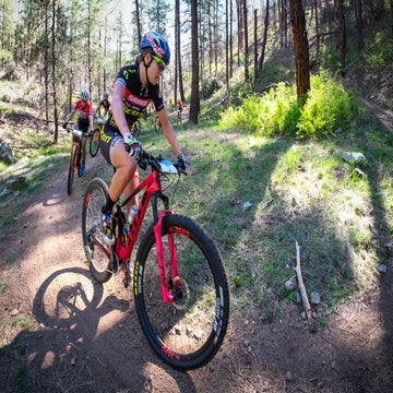 Podcast: Kate Courtney interview, classics wrap-up, and Whiskey Off-Road