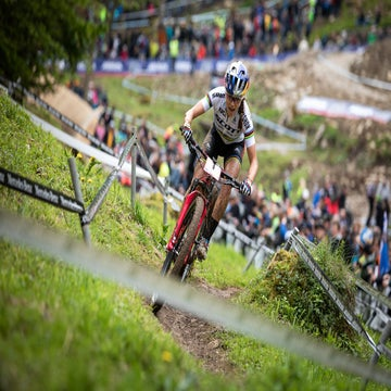 Courtney claims first World Cup wins in Germany