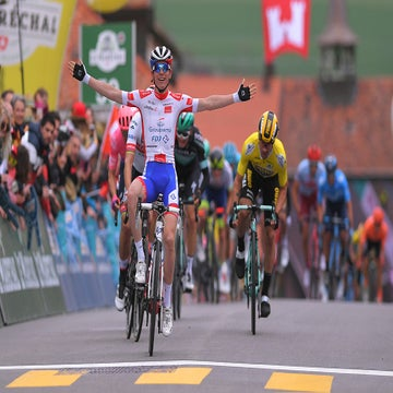Tour de Romandie: Gaudu wins hilly stage 3