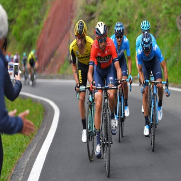 Nibali calls truce with Roglic in fight for Giro title
