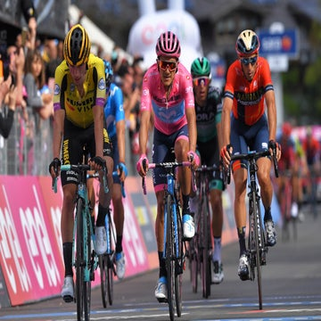 Carapaz sleeps easy as Nibali hypes friction