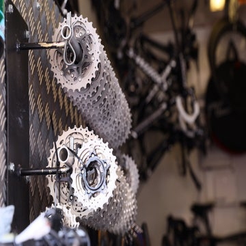 Talking gears: riders go low to tackle the Mortirolo