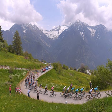 Giro favorites brace for first major mountain battles