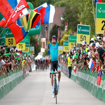 Tour de Suisse stage 3: Sagan claims stage and jersey