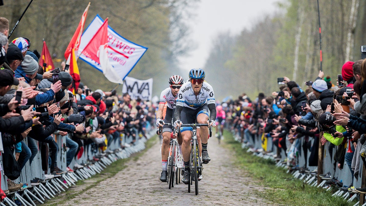 Leaves, rain and nerves: Five ways Paris-Roubaix is a different race in October