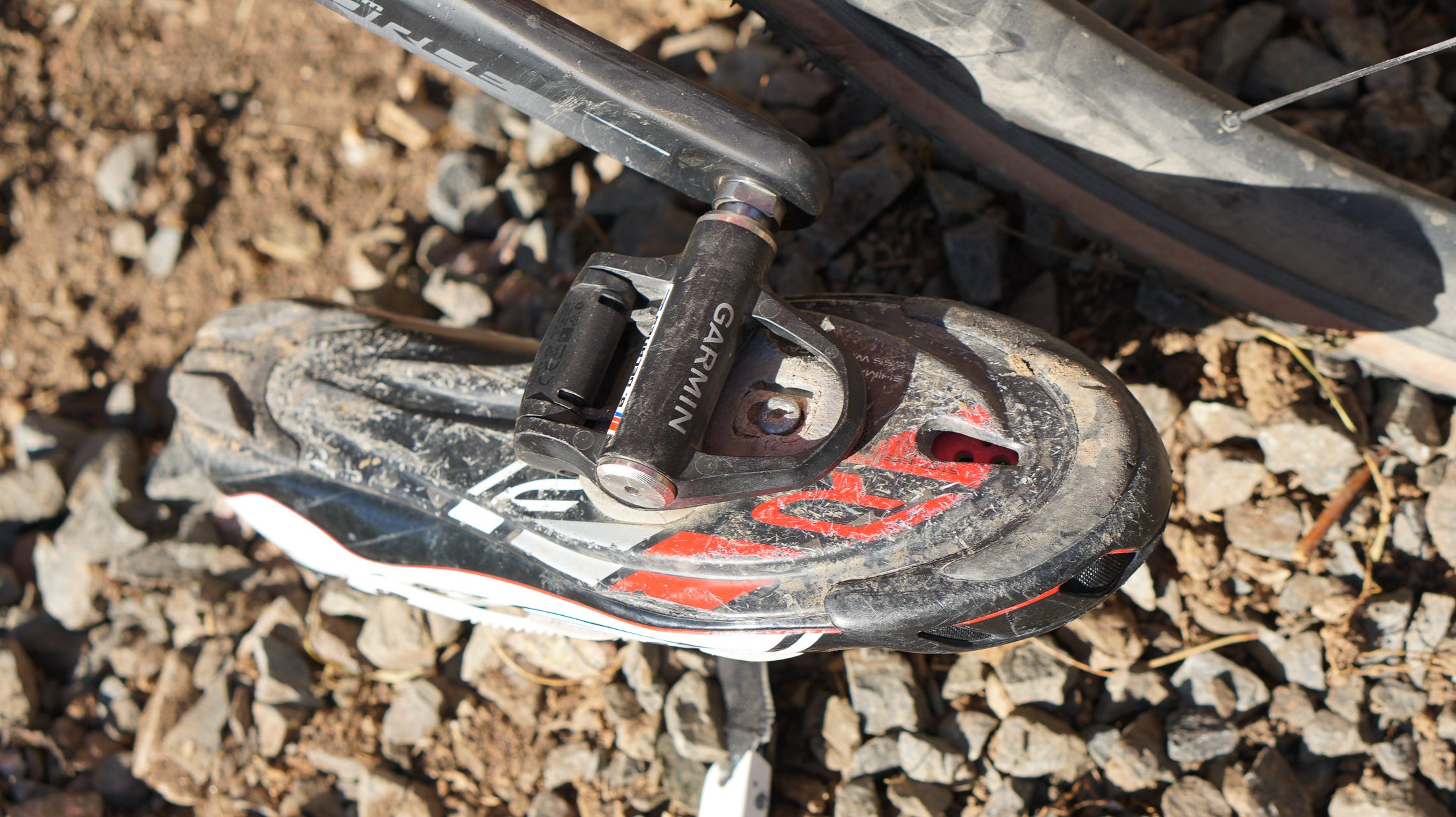 NEW !! PEDALS FOR ROAD// GRAVEL HIGH PERFORMANCE+ EASY WALKING ! LIGHT